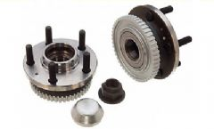 Volvo 700, 740, 760, 780, 940, 960 (89-) Front Wheel Hub (Left or Right)